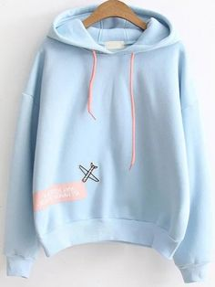 SheIn offers Blue Letter Print Patch Hooded Sweatshirt & more to fit your fashionable needs. Sweatshirt Outfit, Sweater Hoodie, Blue Hoodie, Sweatshirts Online, Hooded Sweatshirts, Sweat Style, Trendy Outfits, Cool Outfits, Teen Fashion
