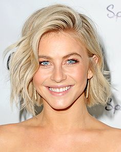 Julianne Hough's hairstylist gave Us the scoop on her new post-engagement haircut, including an update to her choppy blonde bob and ice blonde highlights!