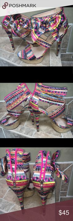 ZIGI SOHO  Heels  *SUMMER SALE **  Aztec print heels with bow on the side.. perfect way to add color to a solid outfit.. Zigi Soho Shoes Heels