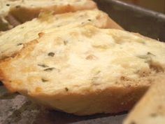 An American Housewife: Cheesy Garlic Bread
