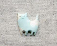 FREE SHIPPING Black Friday  Happy cat brooch от msBIRDIEshop  #etsy #cat #kawaii #cute #kitty