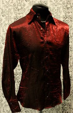 SHIMMER SHIRT - DARK RED