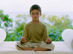 Great article on getting kids started with Yoga and the best Yoga poses from www.yogiseeker.com
