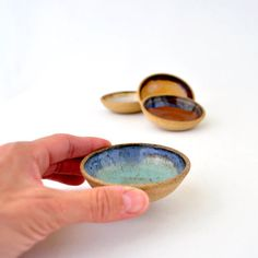 Mini pottery bowls - Small ceramic soy sauce bowls for Sushi (Set of 4)