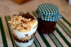 Goat Yogurt and Figs jam Parfait Fig Jam, Yogurt Parfait, Morning Inspiration, Morning Light, Figs, Goat, Panna Cotta, Breakfast, Ethnic Recipes