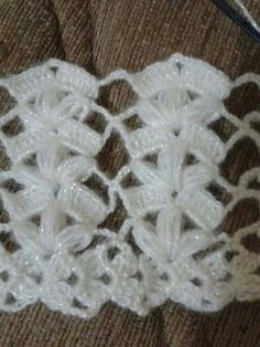 Ripple stitch + broomstick lace (sort of), very nice for shawls, etc.: photo from a Russian site; This post was discovered by Ayşe Zeynep. Discover (and save!) your own Posts on Unirazi. Likes, 45 Comments - Muh see what ira grynda iragrynda Check out th Crochet Diy, Filet Crochet, Mode Crochet, Crochet Motifs, Crochet Stitches Patterns, Crochet Shawl, Crochet Designs, Knitting Patterns, Crochet Style