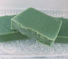 Cucumber Soap Recipe 15 oz Sunflower oil 30 oz Coconut oil 27 oz Olive oil 21 oz Palm oil 5 oz Shea butter 18 oz cucumber juice (juicer works perfect) 19 oz Water 14.1 oz Lye f/o if desired