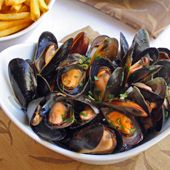 Drunken Mussels - Mussels Steamed in Wine