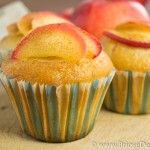 Briose de post cu mere si scortisoara Apple Cinnamon Muffins, Cinnamon Apples, Vegetarian Recipes, Cooking Recipes, No Cook Desserts, Vegan Cake, Food Cakes, Vegan Dishes, Cake Recipes