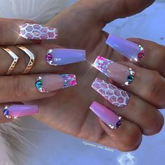 Extend style to your nails using nail art designs. Used by fashionable celebrities, these nail designs can incorporate immediate style to your apparel. Dope Nails, Bling Nails, 3d Nails, Coffin Nails, Bling Nail Art, 3d Nail Art, 3d Nail Designs, Acrylic Nail Designs, Nails Design