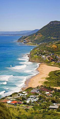 Stanwell tops view of Stanwell park lookout. Australia 2018, Australia Tourism, Wonderful Places, Beautiful Places, Amazing Places, Tasmania, Australian Photography, Rock Pools, Largest Countries