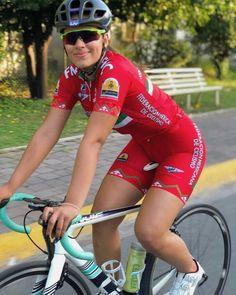 @palomalara11 - #ChicasCiclistas #cycling #ciclismo #cyclinglife #cyclingwomen #cyclingkit #cyclingpics #cyclingphotos #cyclinglegs #ridelikeagirl #rideordie #rideyourlife #rideyourbike #ride365 #sportgirl #ambassador #ciclismofemenino #embajadora #yosoychicaciclista