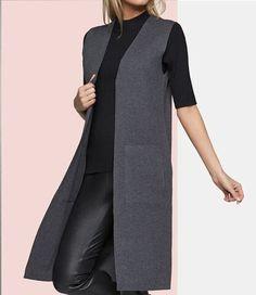Удлиненный жилет. | OK.RU Knit Fashion, Hijab Fashion, Fashion Dresses, Fashion Tips, Fashion Fashion, Fashion Women, Cardigan Outfits, Casual Outfits, Mode Mantel