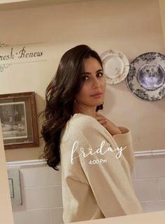 Indian Actress Hot Pics, Indian Actresses, Bollywood Images, Katrina Kaif Photo, Indian Celebrities, Bollywood Actress, Desi, Beauty Makeup, Hollywood