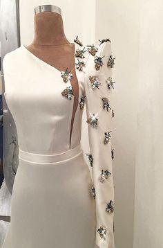 haute couture fashion Archives - Best Fashion Tips Elegant Dresses, Beautiful Dresses, Nice Dresses, Couture Fashion, Hijab Fashion, Fashion Outfits, Look Fashion, Fashion Details, Cheap Fashion