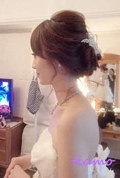 美人花嫁さまの3アップスタイルチェンジで素敵な一日♡  大人可愛いブライダルヘアメイク『tiamo』の結婚カタログ
