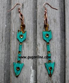 Check out these CUTE  arrow earrings and much more jewlery at www.gugonline.com and save 10% when you use promo code GUGREPMTINDLE.  Be the talk of the town with your one of a kind earrings.