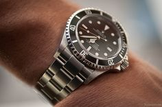 #Rolex Sea-Dweller 16600    like .. repin .. comment :)    http://amzn.to/X1nbG9