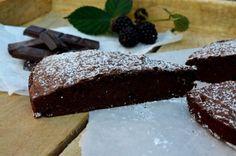Svéd csokitorta - egyszerű és finom   Álom.Íz.Világ. Food Art, Food And Drink, Sweets, Drinks, Cooking, Desserts, Kitchen, Blog, Drinking