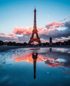 Paris is always a good idea - France - Eiffel Tower - Eiffelturm - Tour d'Eiffel - PARIS - City - Sight Paris Photography, Creative Photography, Nature Photography, Portrait Photography, Photography Backdrops, Eiffel Tower Photography, Photography Ideas, Photography Reflector