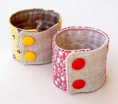 fabric cuffs ... Like the linen.