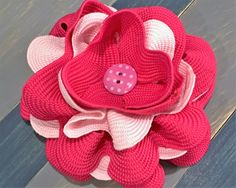 Breast Cancer Awareness Flower Bow от SueBrooksBows на Etsy