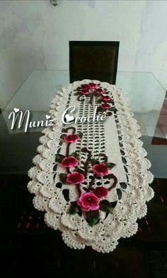 Elisa sanchez s – Artofit Crochet Table Runner, Crochet Tablecloth, Crochet Doilies, Crochet Flowers, Crochet Diy, Crochet Shawl, Crochet Stitches, Crochet Purse Patterns, Crochet Purses