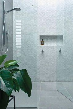Bathroom decor for your bathroom renovation. Discover master bathroom organization, bathroom decor suggestions, master bathroom tile some ideas, master bathroom paint colors, and much more. Modern Bathroom Design, Bathroom Interior Design, Home Interior, Bathroom Designs, Bath Design, Kitchen Design, Bathroom Trends, Bathroom Renovations, Bathroom Ideas