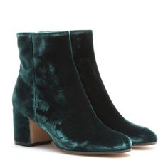 Velvet Shoes Are Fall's Best Footwear Bet: Gianvito Rossi green boots // Shop them on Racked: (http://www.racked.com/2015/9/17/9335533/velvet-shoes-boots-dolce-gabbana-tom-ford#4834340)