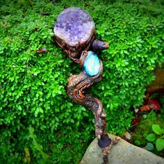 This gorgeous merlins magic wand is added to the shop .powerful and full of nature love. Wicca Witchcraft, Magick, Harry Potter Wand, Season Of The Witch, Crystal Grid, Natural World, Diy Art, Branches, Wands
