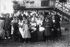 EUSKALDUNAK & BASQUE PEOPLE.Artea Bizkaia 1.930. Bilbao, Spanish Costume, Sequence Of Events, Biarritz, Basque Country, Vintage Italy, Historian, World, Roots