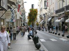 Rue d' Antibes , Cannes - to eat, to shop, to people watch - never dull