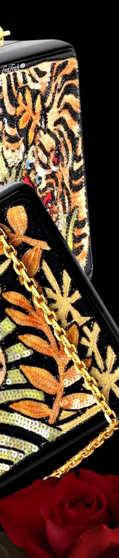 Gucci Accessories, Addiction, Tableware, Gold, Black, Dinnerware, Black People, Dishes