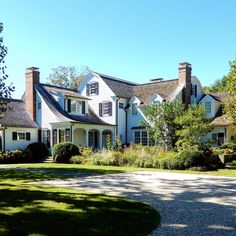 East Hampton, House Exteriors, Dream Houses, Long Island, Black And Grey, New Homes, Mansions, Architecture, House Styles