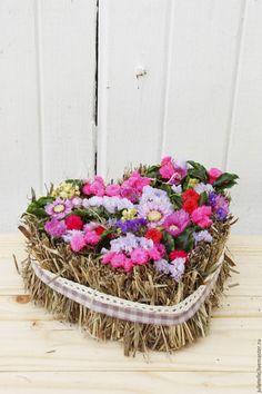 Купить Композиция Валентинка - сиреневый, валентинка, цветочная валентинка, композиция из цветов, сердце из цветов, поадрок