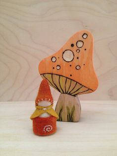 Wooden Peg Gnome  Waldorf and Montessori inspired by SepAndAugust, €4.53