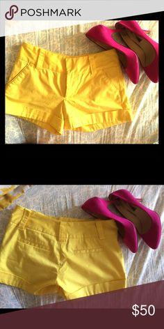 Alice and Olivia shorts Yellow shorts in size 4. Alice & Olivia Shorts