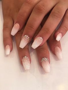 bruiloft nagels The Effective Pictures We Offer You About wedding nails bridesmaid round A quality picture can tell you many things. French Nails, Bridal Nails French, Bridal Toe Nails, Wedding Day Nails, Wedding Nails Design, Wedding Nails For Bride Natural, Wedding Manicure, Wedding Hairs, Glitter Wedding