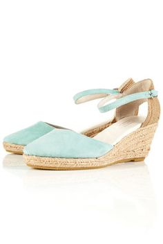 espadrilles would be cute for bridesmaids, maybe in a tan or nude though. Thoughts?