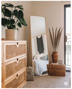 Boho Bedroom Decor, Boho Room, Room Ideas Bedroom, Home Bedroom, Urban Bedroom, Boho Decor, Urban Rooms, Bedroom Corner, Bedroom Rugs