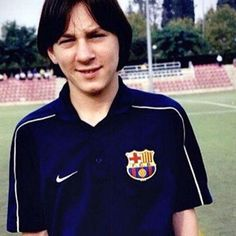 Look how sexy Lionel Messi was when he was young lol ⚽️