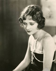 The Goddess of the Silent Screen: 30 Beautiful Black and White Portraits of Dolores Costello in the and Hollywood Glamour, Golden Age Of Hollywood, Vintage Hollywood, Hollywood Actresses, Classic Hollywood, Actors & Actresses, Hollywood Star, Dolores Costello, John Barrymore