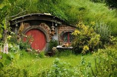 Must have round door!...underground house