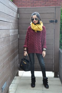 Isabel Marant bazil sneakers, plum jumper and mustard scarf. Autumn Winter Fashion, Spring Fashion, Winter Ootd, Mustard Scarf, Maroon Sweater, Fall Sweaters, Only Fashion, Sweater Outfits, Stylish Outfits
