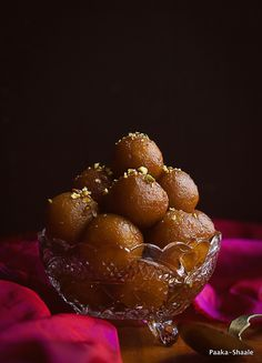 Sweet Potato and Almond Gulab Jamun. These sweet potato and almond gulab jamuns are not only vegan but also come very close to the traditional gulab jamuns. Sweets Photography, Best Food Photography, Indian Dessert Recipes, Indian Sweets, Diwali Food, Bengali Food, Food Poster Design, Gulab Jamun, Food Gallery