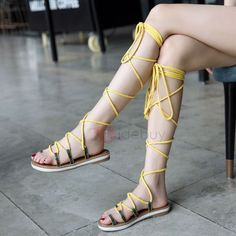 Toe Ring Lace-Up Strappy Block Heel Women's Flat Sandals
