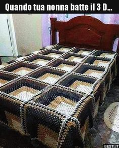 Quando tua nonna batte il 3 D... | BESTI.it - immagini divertenti, foto, barzellette, video Crazy Funny Memes, Wtf Funny, Colchas Harry Potter, Funny Photos, Funny Images, Cool Illusions, Optical Illusions, Glitch In The Matrix, 3d Quilts