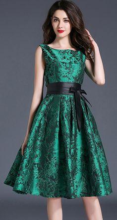 Elegant Jacquard Weave Belt Square Neck Sleeveless Skater Dress