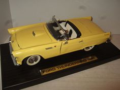 Road Legends 1955 Ford Thunderbird Diecast Model in 1:18 Scale.