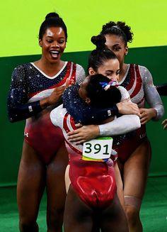 Unstoppable U. Women's Gymnastics Team Takes Gold In Rio - Yeah! Team Usa Gymnastics, Gymnastics Facts, Gymnastics Images, Gymnastics Posters, Artistic Gymnastics, Olympic Gymnastics, Gymnastics Girls, Gymnastics Leotards, Black Gymnast